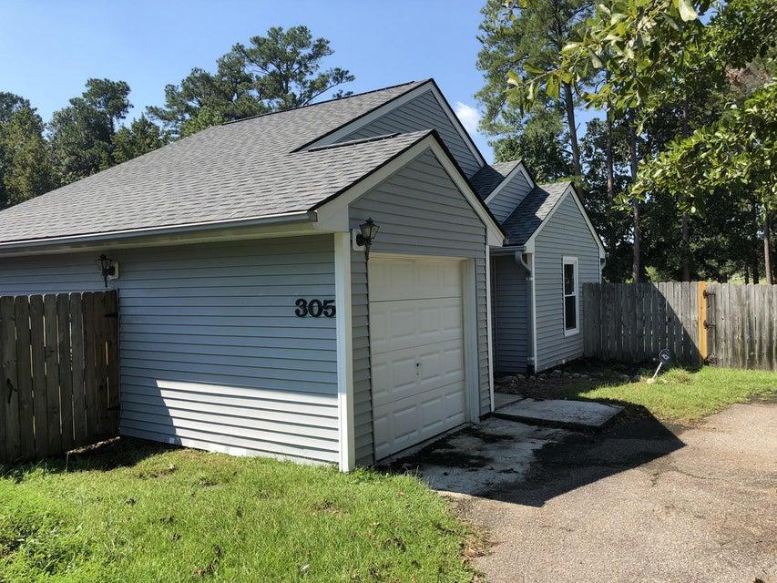305 Macgregor Drive Summerville, SC 29486