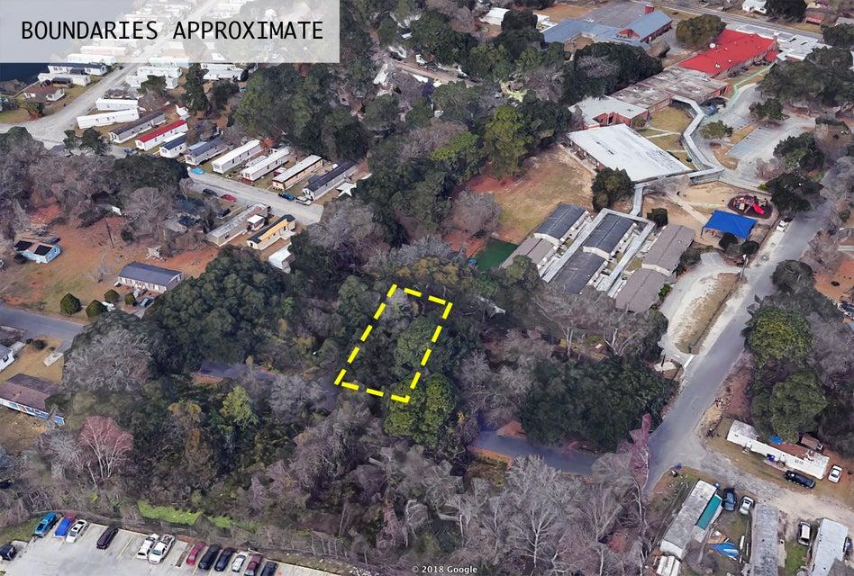 2 Raymond Avenue North Charleston, SC 29406