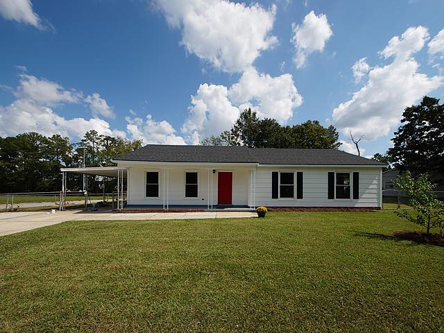 3296 Vinewood Place North Charleston, SC 29420