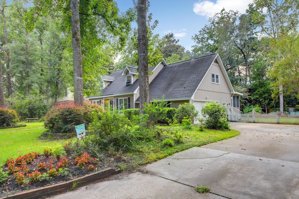 202 Nantucket Drive Summerville, SC 29485