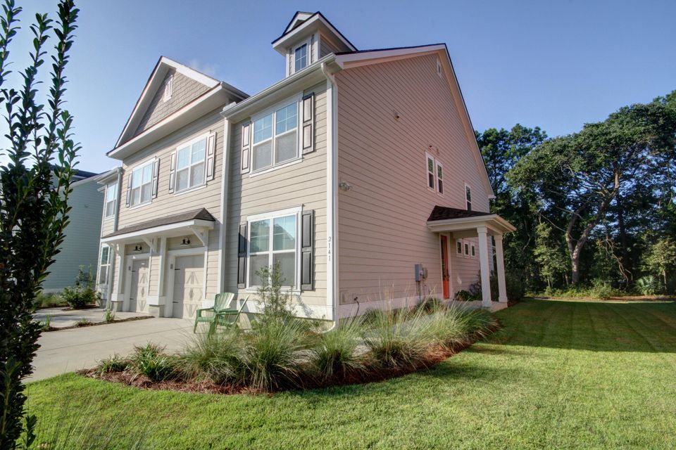 2141 Oyster Reef Lane Mount Pleasant, SC 29466