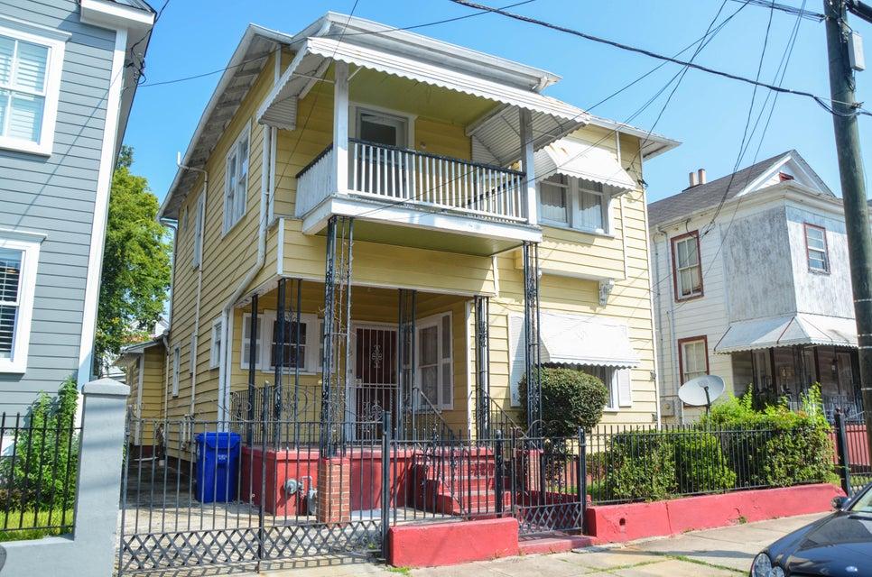 98 Fishburne Street Charleston, SC 29403