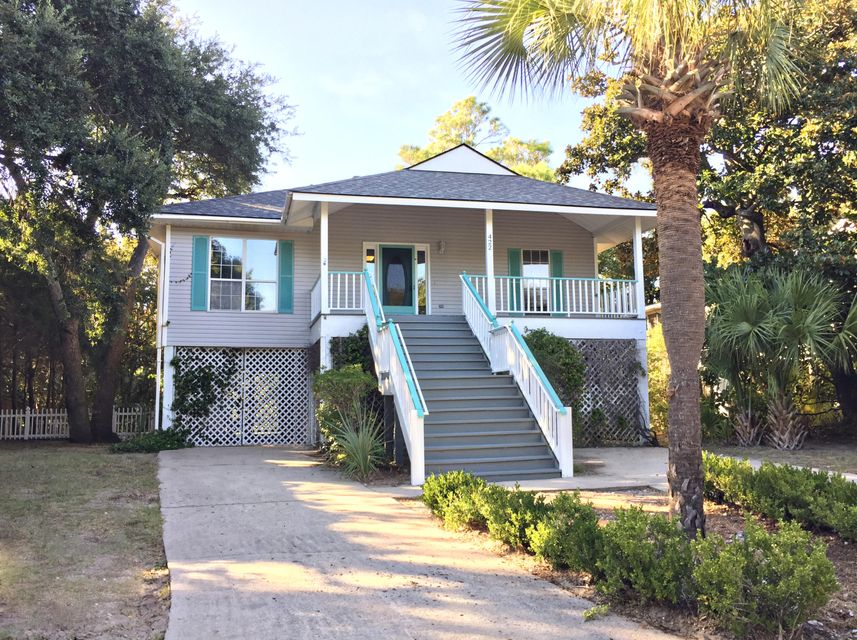 422 W Cooper Avenue Folly Beach, SC 29439