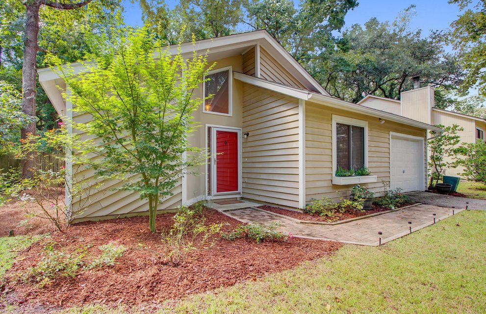 2733 Treetop Court Charleston, SC 29414