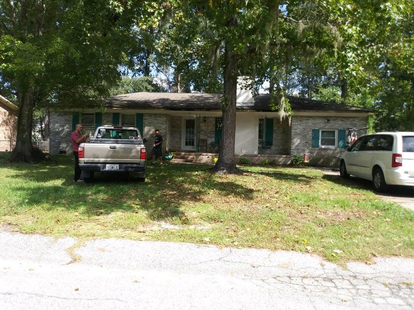 111 Carmon Street Summerville, SC 29485