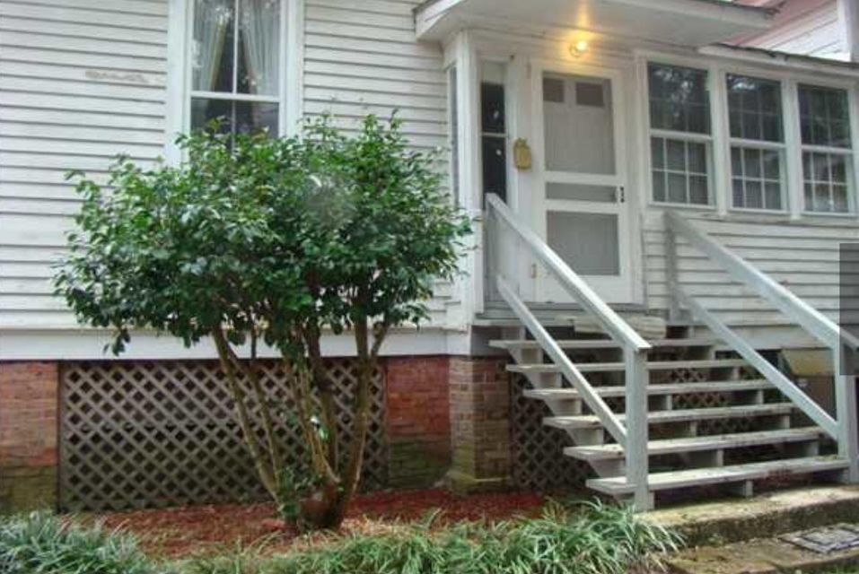 302 Sumter Avenue Summerville, SC 29483
