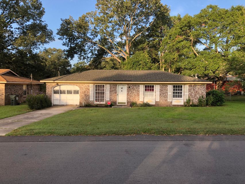 103 Sprucewood Drive Summerville, SC 29485