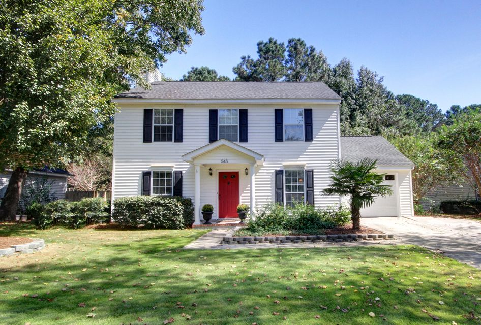 548 Castle Hall Road Mount Pleasant, SC 29464