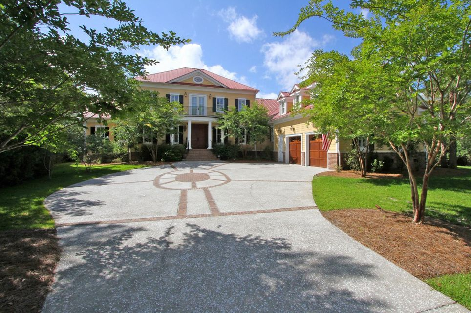 725 Bounty Square Drive Charleston, SC 29492