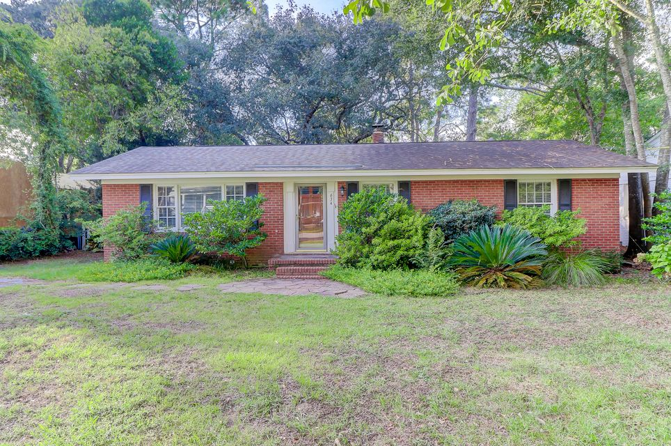 634 Coral Street Mount Pleasant, SC 29464