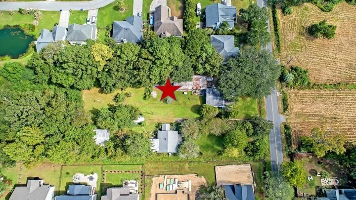 2134 Woodland Shores Road Charleston, SC 29412