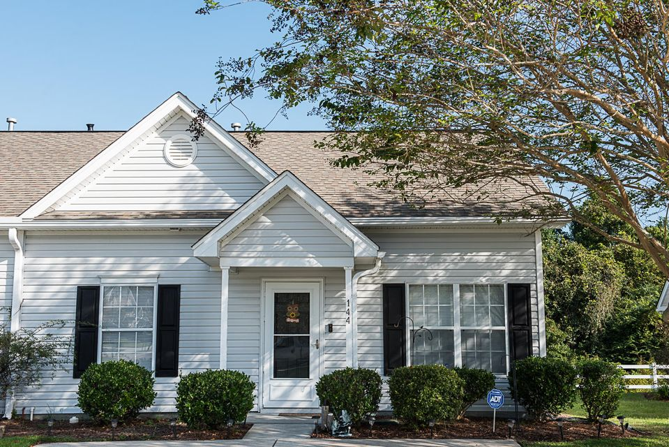 144 Townsend Way Summerville, SC 29483