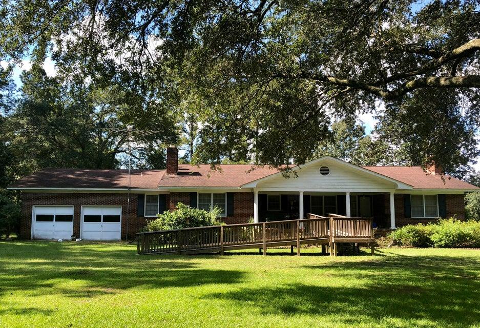 5928 Charleston Highway Walterboro, SC 29488