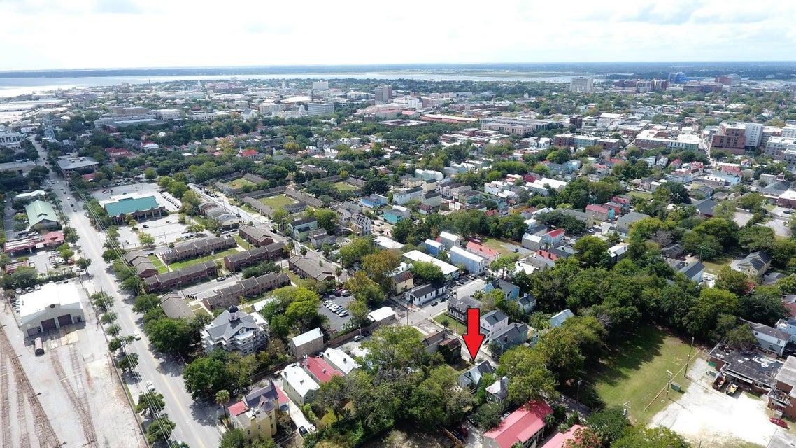 72 Drake Street Charleston, SC 29403
