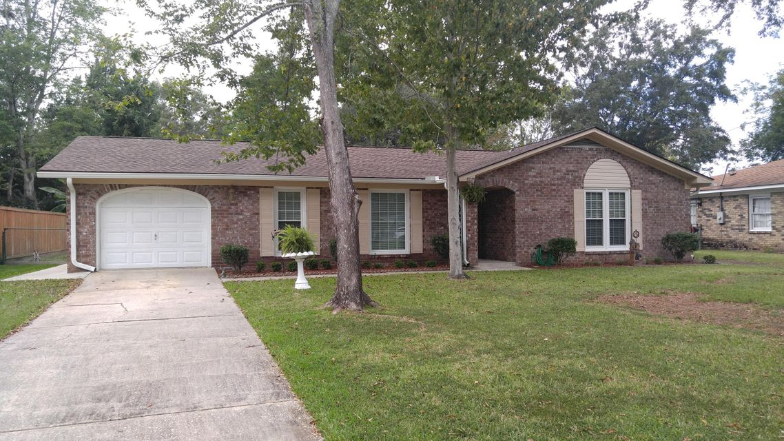 8229 Bordeaux Court North Charleston, SC 29406