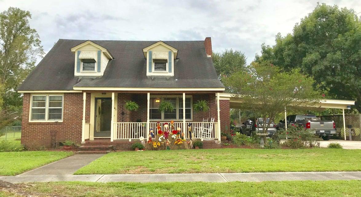 141 Edwards Street Branchville, SC 29432