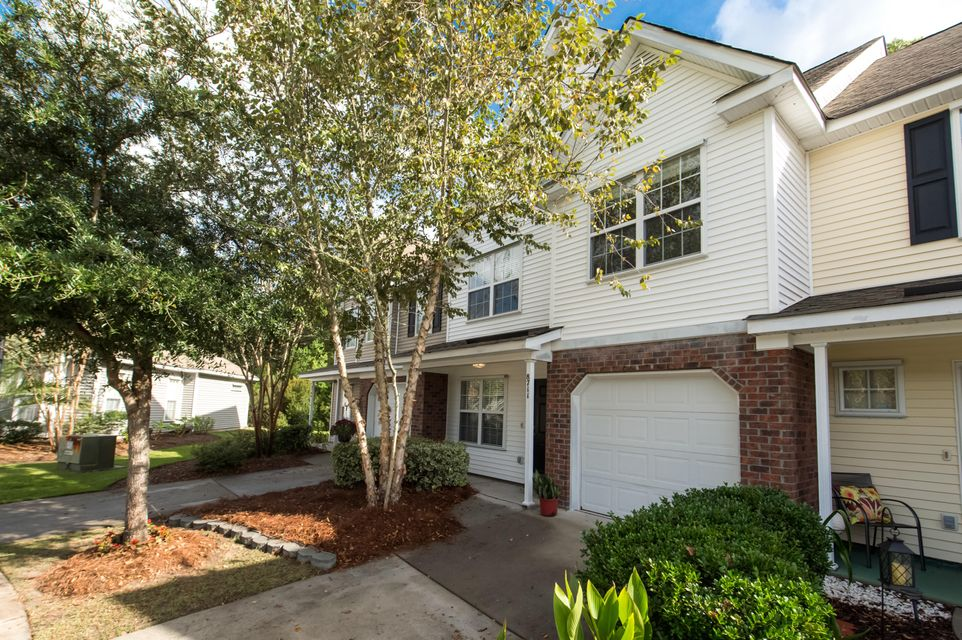 8711 Grassy Oak Trail North Charleston, SC 29420