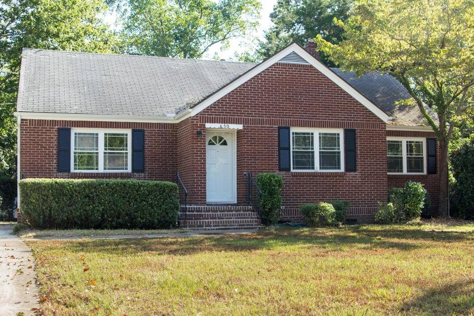 650 W Oak Forest Drive Charleston, SC 29407
