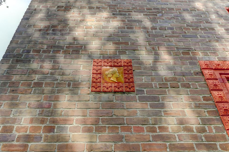 8/10 Ropemakers Lane Charleston, SC 29401