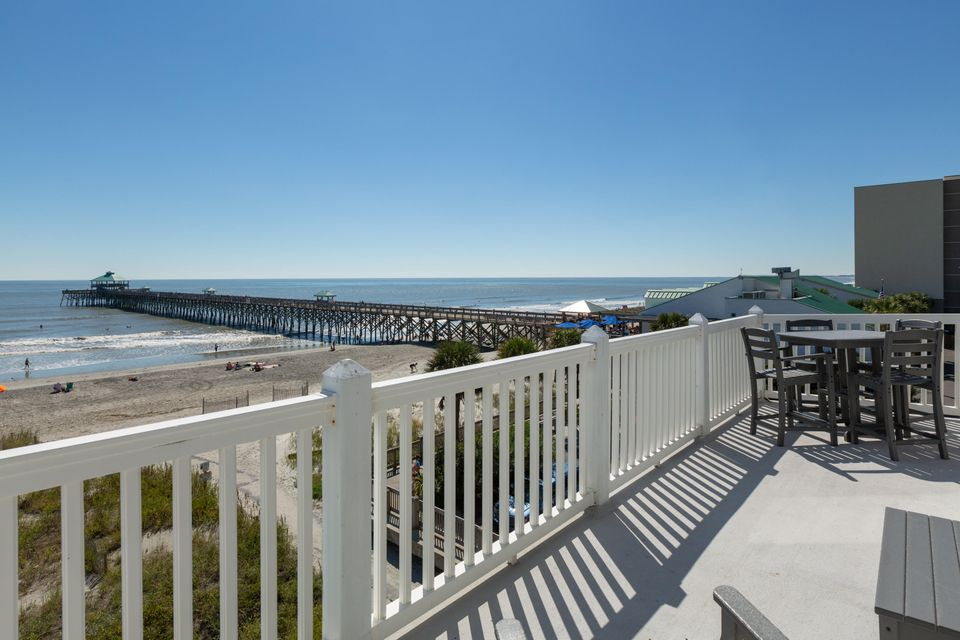 111 E Arctic Avenue Folly Beach, SC 29439