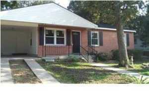 4113 Oakridge Drive North Charleston, SC 29418