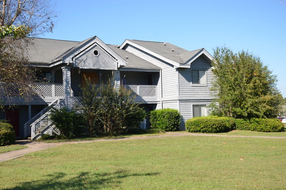 2408 Riverridge Court Moncks Corner, SC 29461