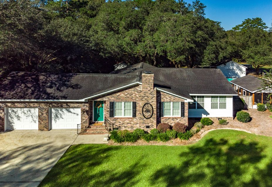 103 Murray Boulevard Summerville, SC 29483