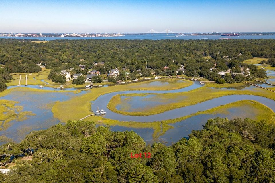 618 Parrot Point Drive Charleston, SC 29412