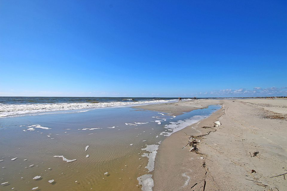 2 Shad Row Isle Of Palms, SC 29451