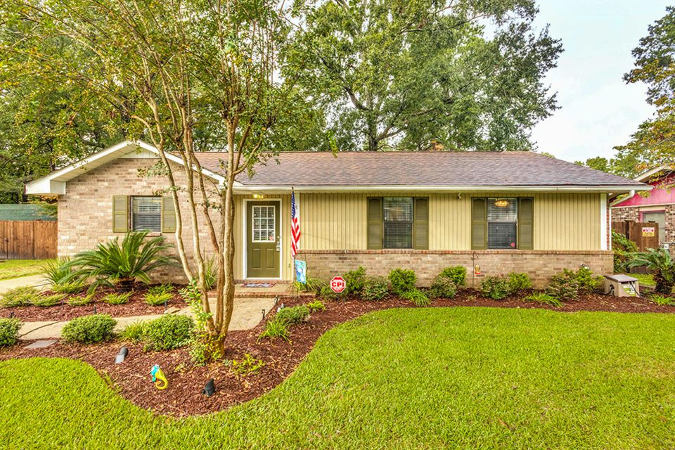3 Clearwater Dr Goose Creek, SC 29445