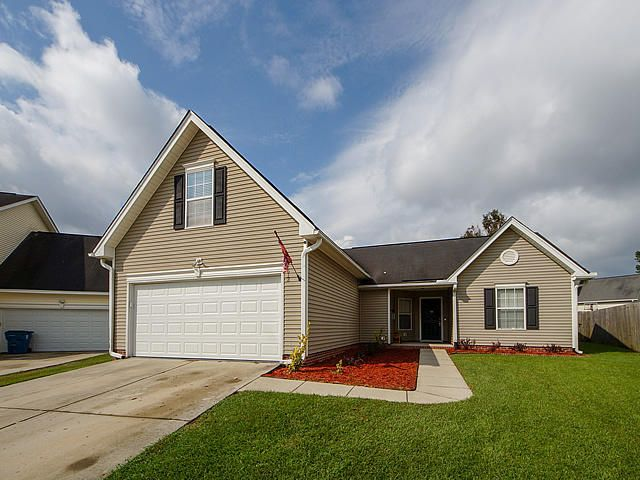 613 Saint Ives Lane Goose Creek, SC 29445