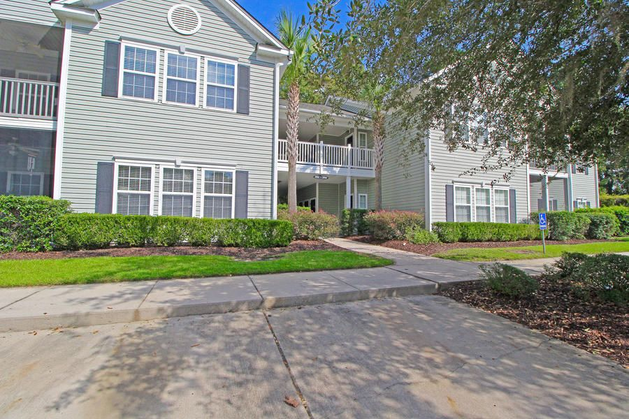1702 N Elgin Court Charleston, SC 29414