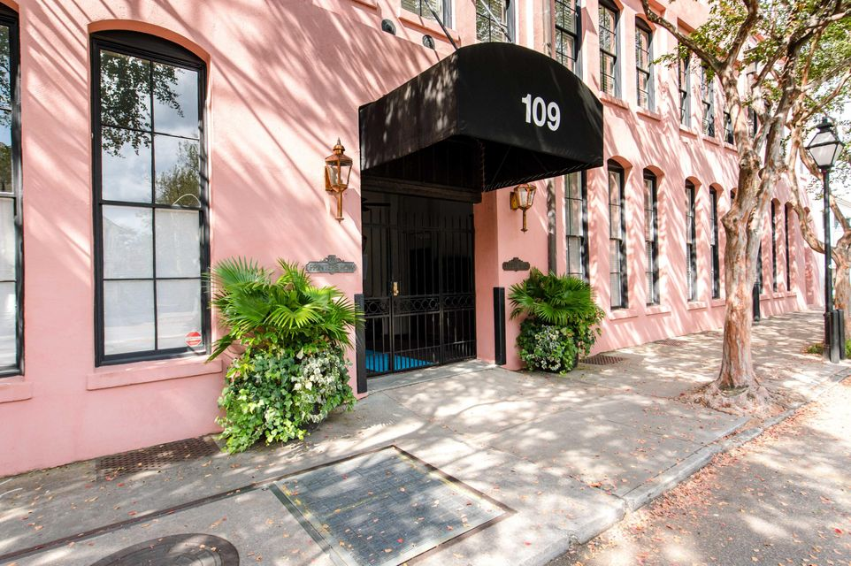 109 East Bay Street Charleston, SC 29401