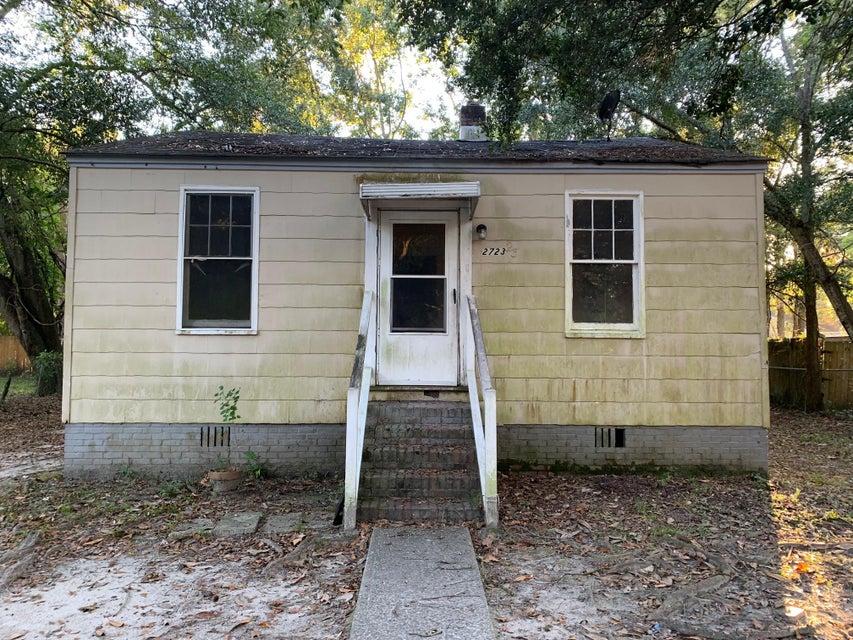 2723 Saratoga Road North Charleston, SC 29405