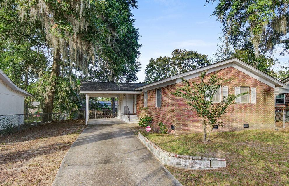 5202 Dorchester Road North Charleston, SC 29418