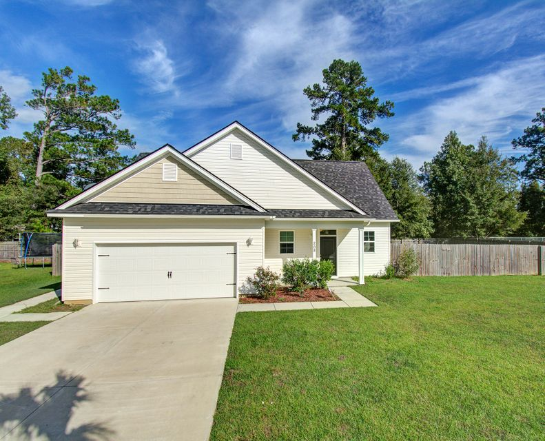 208 Samantha Way Goose Creek, SC 29445