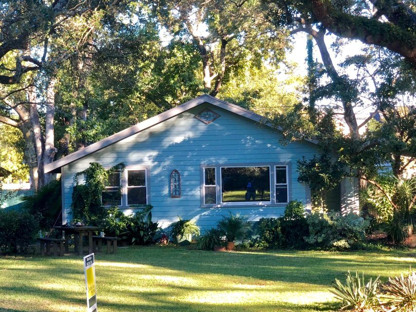 17 Sycamore Avenue Charleston, SC 29407