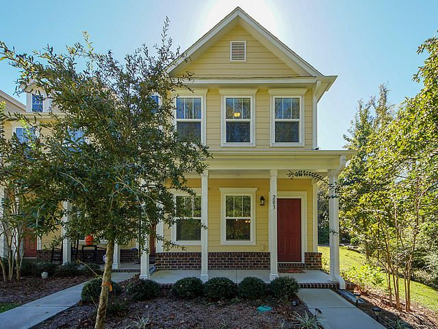 203 Bennett Lane Summerville, SC 29483