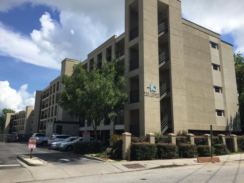 40 Bee Street Charleston, SC 29403