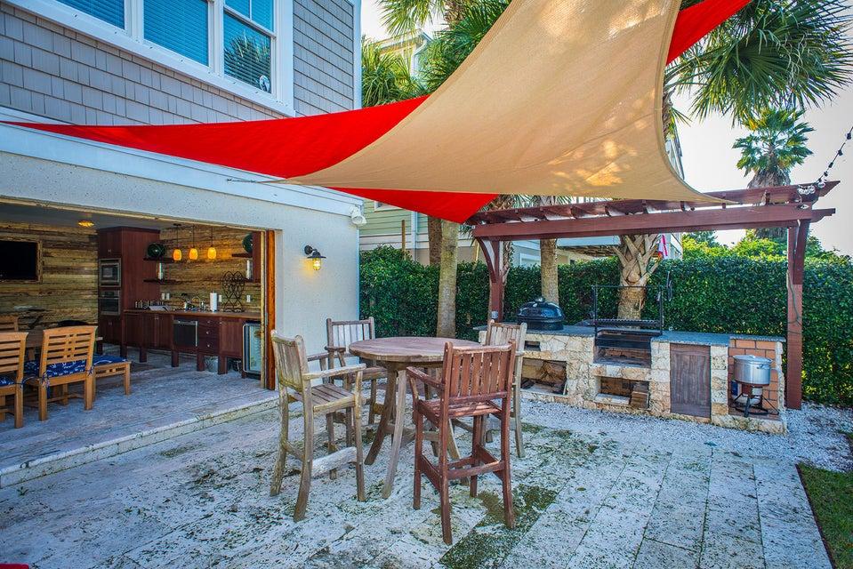 8 Intracoastal Court Isle Of Palms, SC 29451