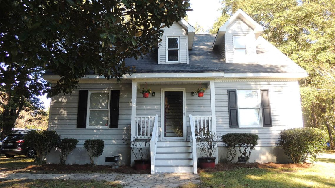 2246 Tacony Road Charleston, SC 29414