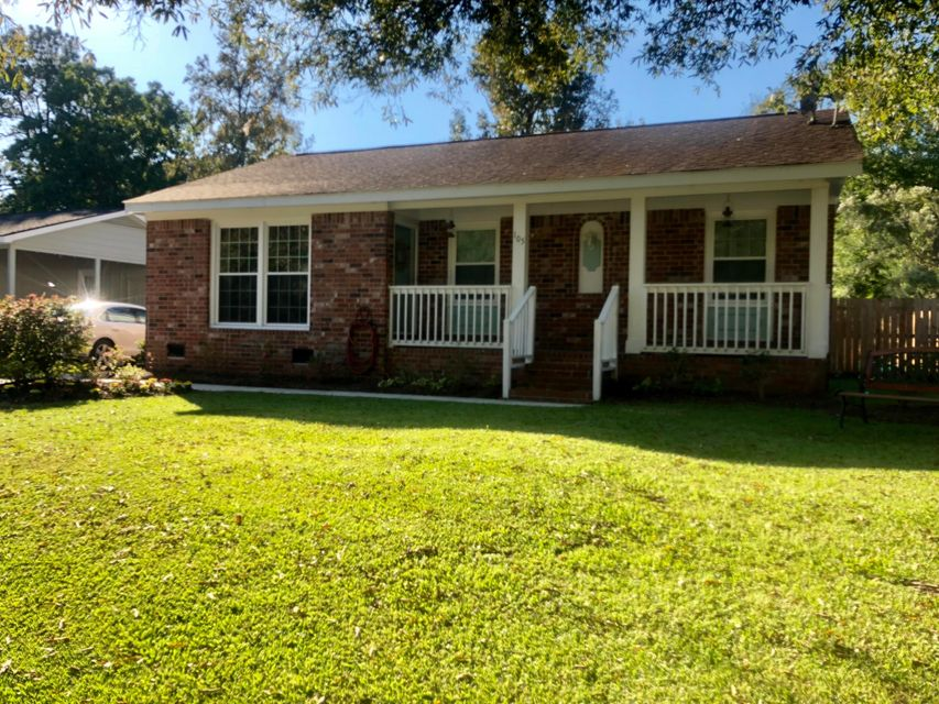 105 Red Cedar Drive Goose Creek, SC 29445