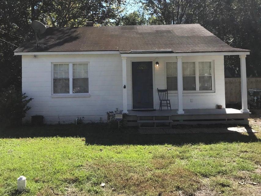 1607 Acacia Street Charleston, SC 29407