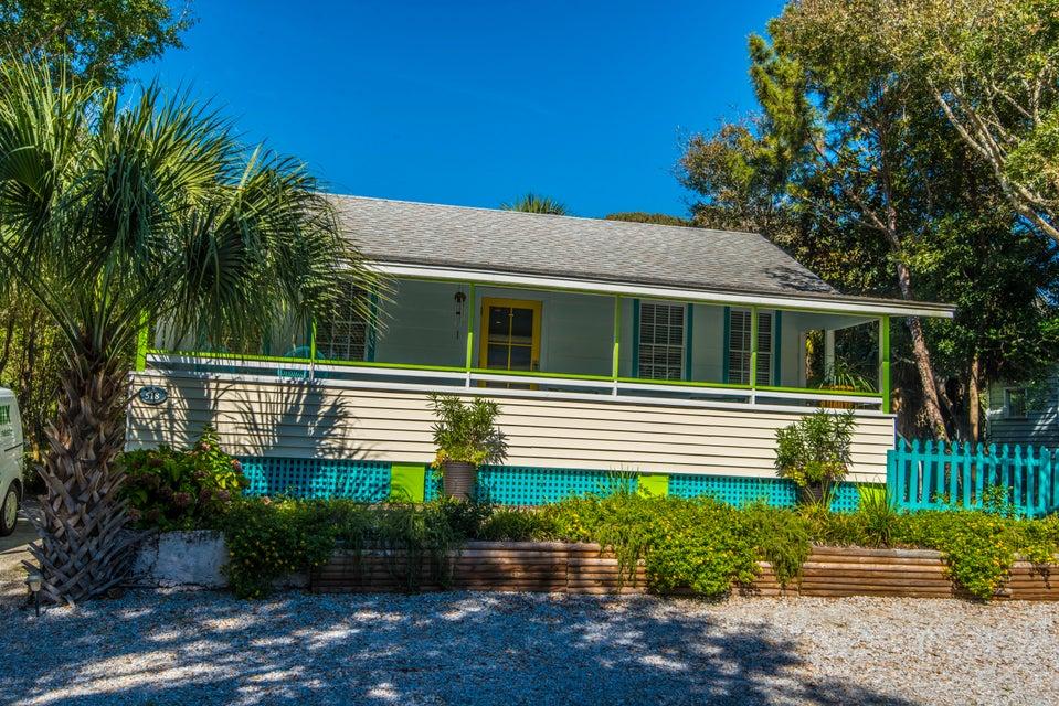 518 E Ashley Avenue Folly Beach, SC 29439
