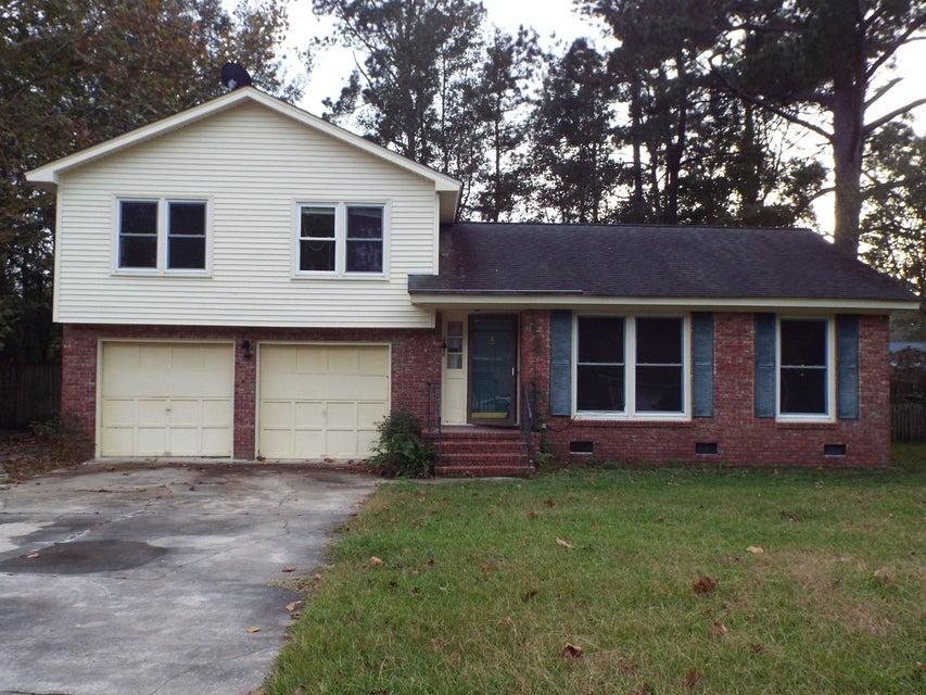 110 Six Iron Lane Summerville, SC 29483