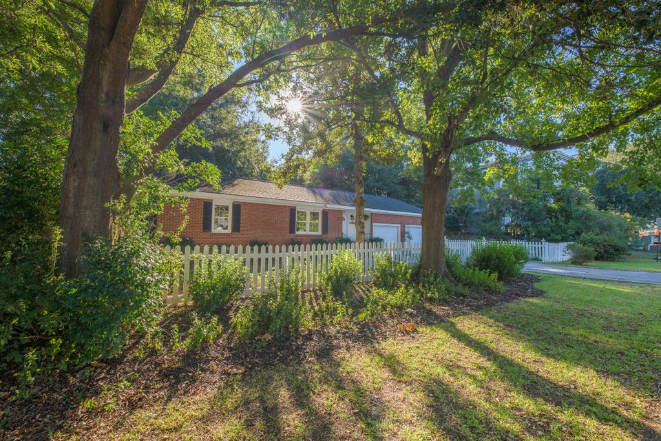 1128 Carter Avenue Mount Pleasant, SC 29464