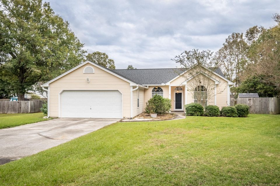 104 Hazelton Court Goose Creek, SC 29445