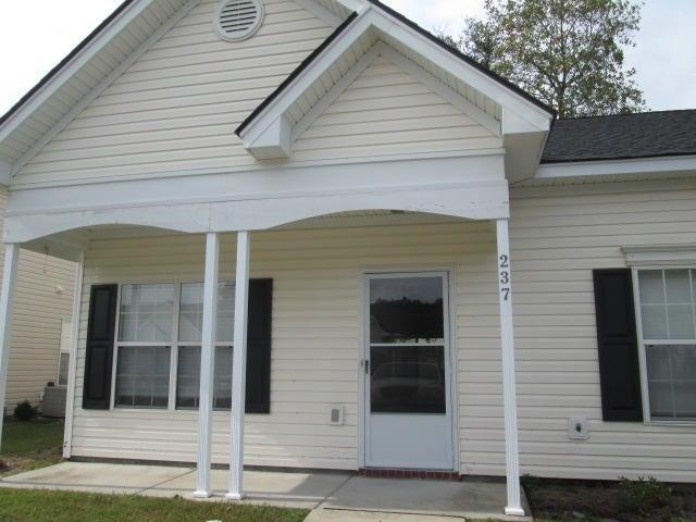 237 Dupont Way Summerville, SC 29485