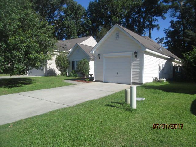 206 Moon Shadow Lane Summerville, SC 29485