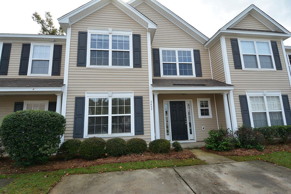2435 Scholar Lane North Charleston, SC 29406
